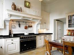 Mismatched Kitchen Cabinets Delighful White Country Style Kitchens Kitchen Cabinets 23 In