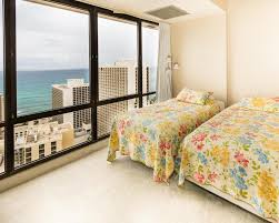 honolulu apartments for rent 2 bedroom vacation home waikiki sunset 2 bed penthouse suite 3806 honolulu