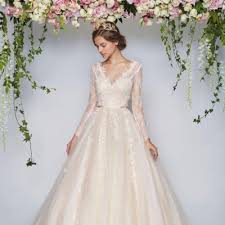 wedding dress miranda kerr 6 tricks to an expensive looking wedding dress world