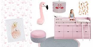 tableau deco chambre fille idée déco flamants roses de la douceur et de l originalité avec