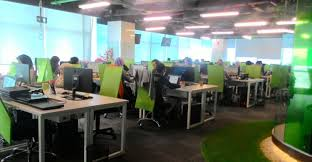 Big Office Desks Awesome It Office Desk From Big Company Finding Desk