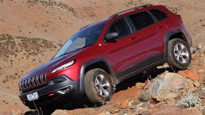 jeep cherokee trailhawk red news 2018 jeep cherokee to get hybrid turbo 4 too