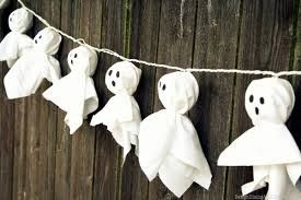 halloween diy 9 fun diy halloween decorations for your front porch redfin