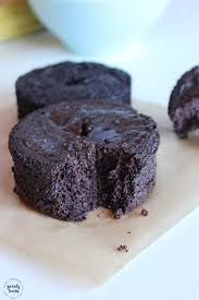 chocolate cake made with 5 ingredients gluten and grain free with