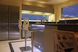 cuisine fenetre fenetre en crédence moderne salle à manger montpellier par