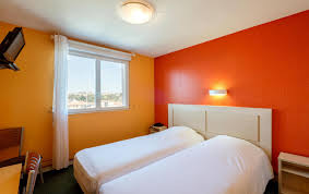 chambre lits jumeaux chambre lits jumeaux hotel thouars tarifs et offres de l