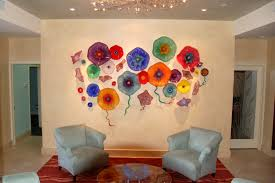 amazing living room design with beautiful colorful glass wall art