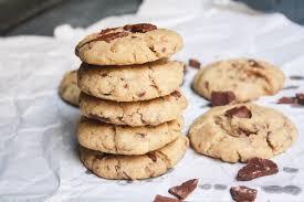 chocolate chunk cookies eggless