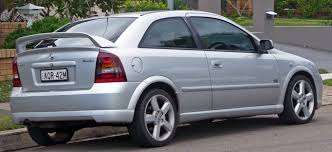 2003 holden astra hatchback u2013 pictures information and specs