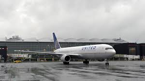 united airlines to pull resources from houston hub houston