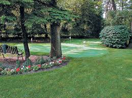 How To Make A Putting Green In Your Backyard Diy Putting Green Black Decker