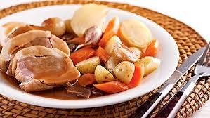 cuisiner un coq au four coq au porc sauce au vin et chignons