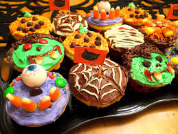 weekday chef halloween cupcakes and brownies