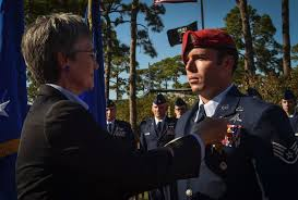 Cross On - special tactics airman awarded air cross for gallantry in