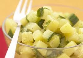 cuisiner concombre salade de pommes de terre menthe et concombre recettes de