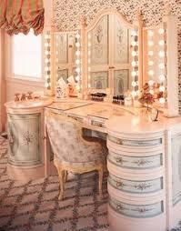 beauty room m ẙ d r e ḁ m b e auty r o o m