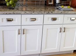 lowes white shaker cabinets white shaker kitchen cabinets lowes luxury 52 elegant lowes white