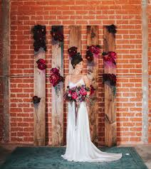 downtown la cocktail party wedding inspiration green wedding