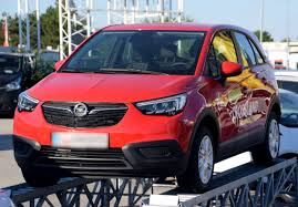 opel cars 2017 file 2017 opel crossland x front red 3 crop jpg wikimedia commons