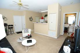 one bedroom apartments in normal il gallery brickyard apartments apartments in bloomington normal il