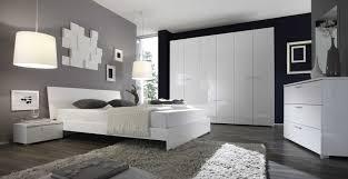 Schlafzimmer Gestalten Boxspringbett Einrichtung Modern Schlafzimmer Tapeten Wohndesign Ideen