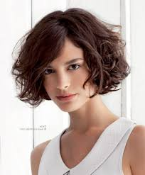 european short curly hairstyles for wavy hair
