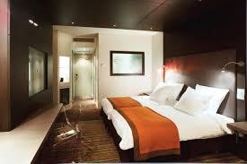 hotel a nimes avec dans la chambre hotel et spa quatre étoiles à nimes et bordeaux en hôtel