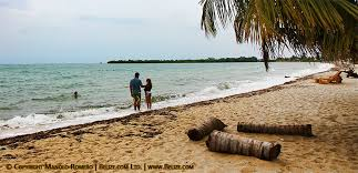 living on the beach top ten reasons to live or retire in belize