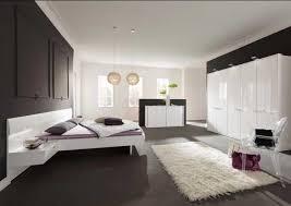 möbel schlafzimmer komplett möbel schlafzimmer komplett mit deckenleuchten installieren