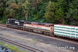 ho prime movers by rapido dash 8 40cm rapido trains inc