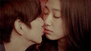 tutorial kiss korean park shin hye s 10 most awkward kissing scenes