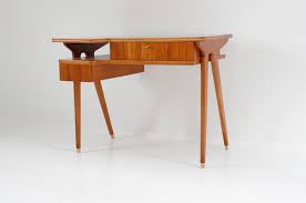 Small Walnut Desk Small Clear Walnut Desk 1024x679 Jpg