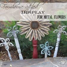 Funky Garden Decor Farmhouse Metal Flowers Country Design Style