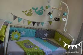 chambre bébé vert et gris décoration chambre enfant bébé baleine anis turquoise gris blanc