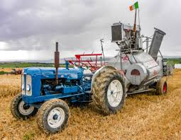 pics new classic and vintage machinery in action at u0027de courcey