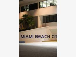 miami what s open and closed on thanksgiving miami