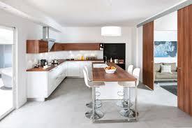cuisine avec bar ouvert sur salon cuisine ouverte avec porte coulissante cuisine en image