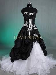 robe de mari e gothique robe de mariée gothique classique blanc et en taffetas