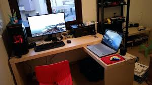 best gaming desk for 3 monitors dual monitor gaming desk inspirational gaming desk for 3 monitors
