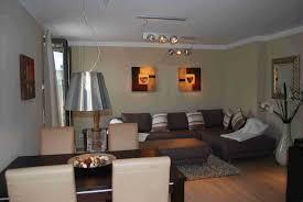 Wohnzimmer Japanisch Einrichten Emejing Exklusive Moderne Residenz Kunstlerischem Flair Images