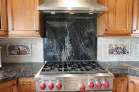 Different Backsplash Behind Stovetop - Backsplash behind stove