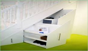 treppe bauen schrank unter offener treppe selber bauen treppen mit stauflche