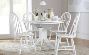 How To Set The Round White Dining Table Set In The Dining Room - Round white dining room table set