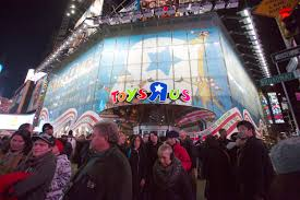 what time does target open black friday 2012 toys u0027r u0027 us will stay in times square for the right price