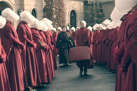 the handmaid u0027s tale recap season 1 episode 9