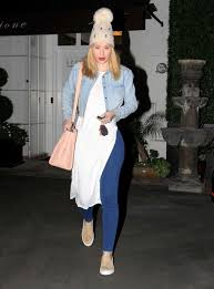 Epionce Skin Care Reviews Iggy Azalea Leaves Epione Skin Care Center In West Hollywood