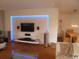 Wohnzimmer Mit Lampen Decken Design Mit Beleuchtung Wohnung Bilder Indirekte Beleuchtung