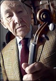 Etienne Vatelot, luthier de ceux qui tutoient les anges... dans Et mes souvenirs deviennent ce que les anciens en font.