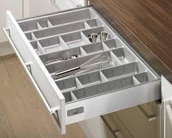 rangement couverts tiroir cuisine étourdissant range couverts tiroir cuisine collection avec range