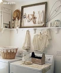 Vintage Laundry Room Decorating Ideas Laundry Room Picture Frame With Clothesline Clothes Pinned